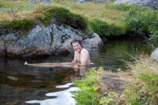 In tako je Matej zgubil svojo moškost v ledeno hladni vodi