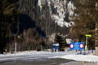 Cesta naprej od Gmundehutte je zaprta