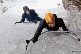 Igor in Karmen v zadnjih metrih vrhega cuga Luciferja