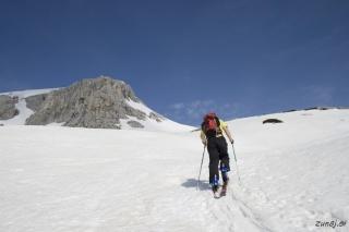 Naprej za Debeli vrh
