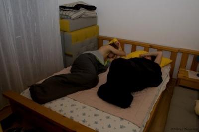 ... sta onedva že gladko spala
