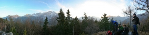 Pogled iz Zmitkovega spica na Jezerske gore