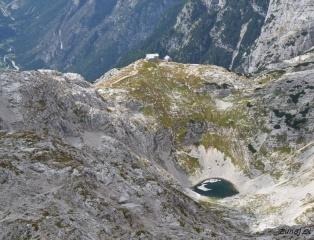 Zg. Kriško jezero in Koča na Kriških podih