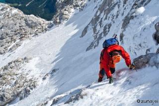Plezanje po tankem ledu