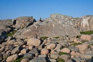 Od sonca obsijane skale