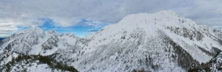 Panoramski pogled iz vrha Srednji vrh