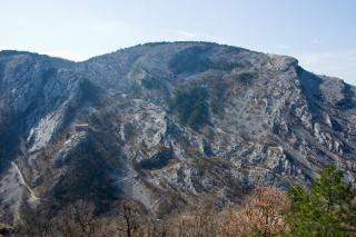 Pogled na sosednjo stran doline