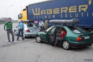 Pretegovanje nog in zamenjava voznikov