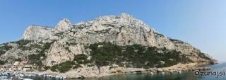 Leva stran zaliva Morgio