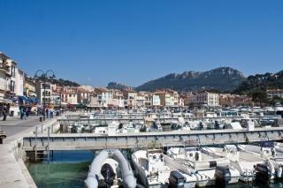 Marina v Cassis-u