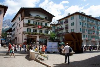 Trg v Cortini