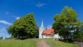 Cerkev na vrhu Osolnika