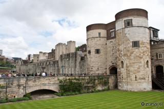 Tower of London iz druge strani
