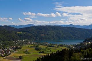 Pogled na jezero iz plezališča Dobriach