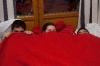 Otroci pod deko
