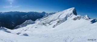 Ogromno snega in terena za smučanje