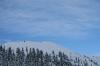 Dva planinca že letita navzgor po grebenu